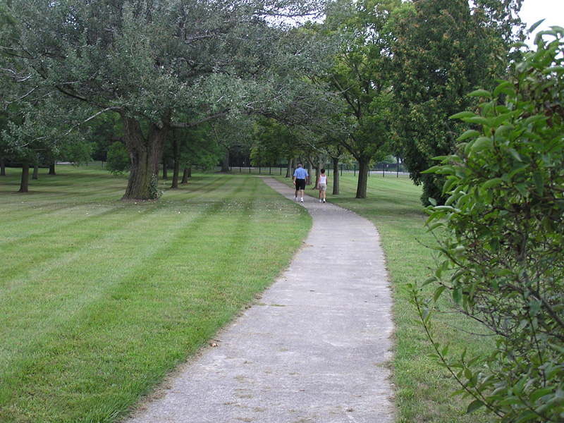 0.4 Walking Trail at the Spinks
